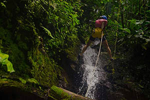 Rappelling Vacation Costa Rica