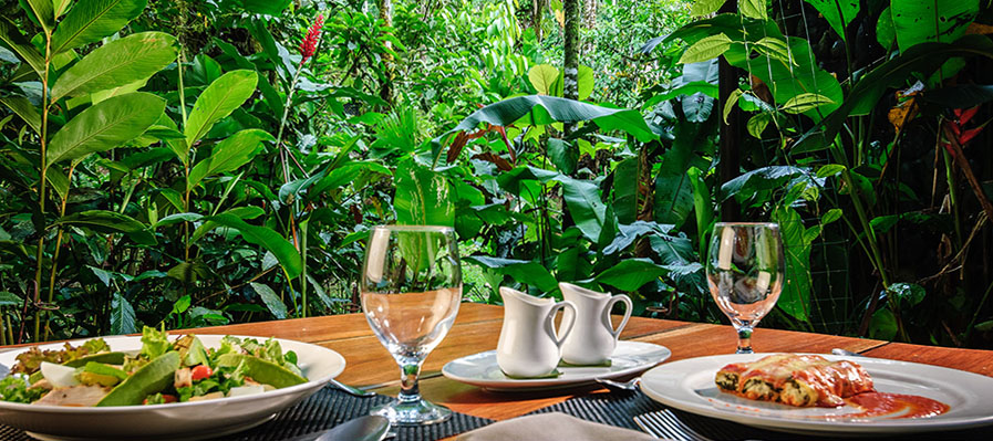 9_Pacuare_Lodge_Dining