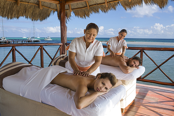 Palafitos Overwater Massage